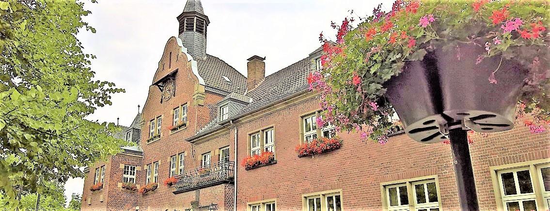 Dormagen-Historisches-Rathaus