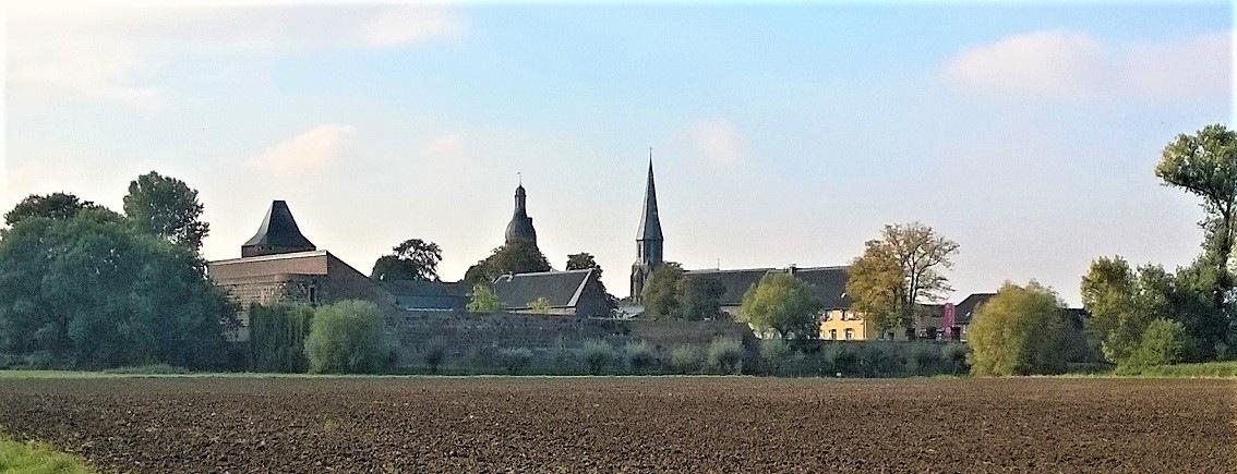 Dormagen-Skyline-von-Zons
